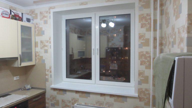 Пластиковое двухстворчатое окно