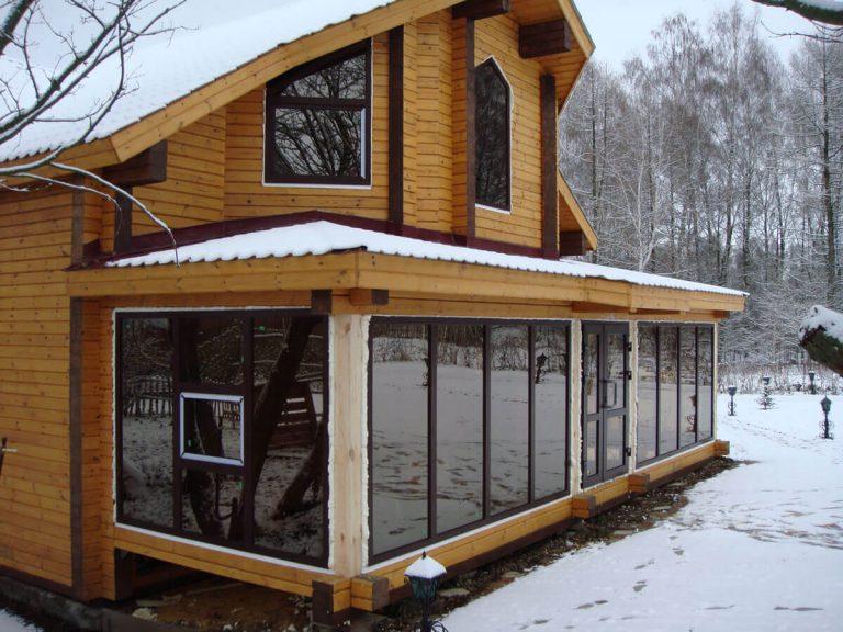 Фасадное остекление загородного дома